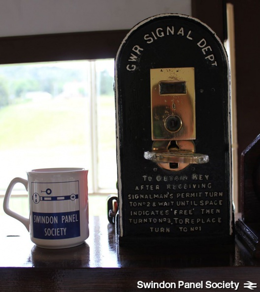 Mug at Carrog on the Llangollen Railway 14647293762 o